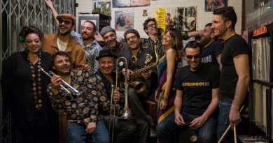 """Al Nostos Teatro un venerdì di festa con """"Soulshine: distillazione clandestina di parole e note dal cuore della musica soul e funk"""""""