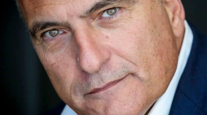 Castel Volturno ballottaggio: l'eurodeputato Andrea Cozzolino sostiene Nicola Oliva