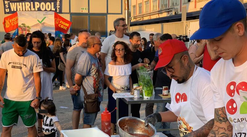 Napoli Pizza Village in aiuto dei lavoratori Whirlpool