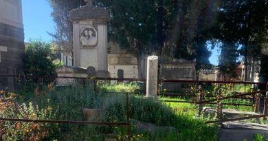 """Fase 2, EFI Campania: """"Erbacce, degrado e dubbi sulle sanificazioni, il cimitero di Poggioreale non è pronto a ripartire"""""""