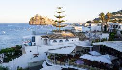 Aumentano i turisti italiani in visita a Ischia
