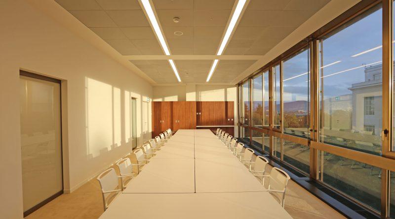 Le lastre in gres porcellanato di Casalgrande Padana rivestono la Sala XIX delle Nazioni Unite a Ginevra