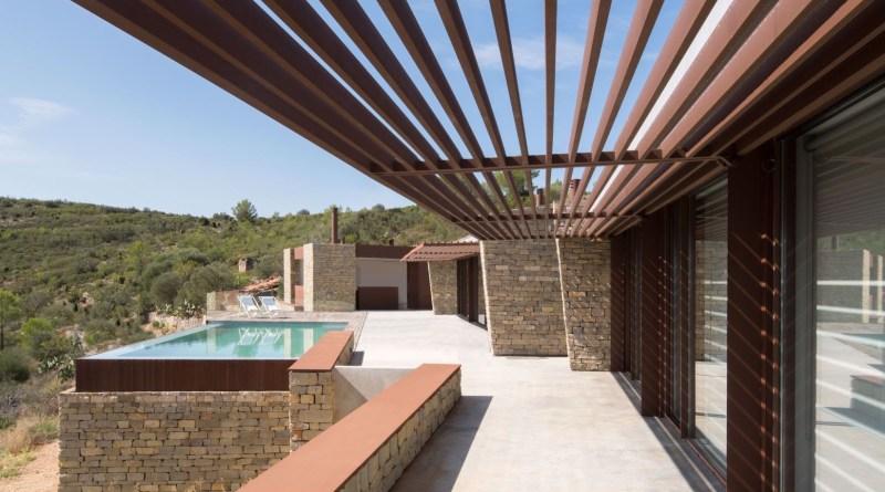 La Palometaè una casa unifamiliare isolata immersa in un incantevole paesaggio all'interno di Castellón (Spagna) 1