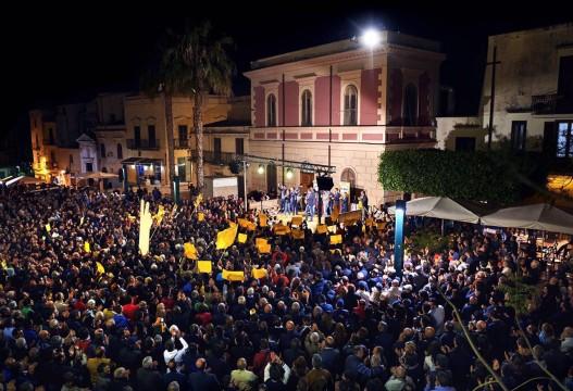 PIazza Ciullo comizio Surdi 16 maggio 2016