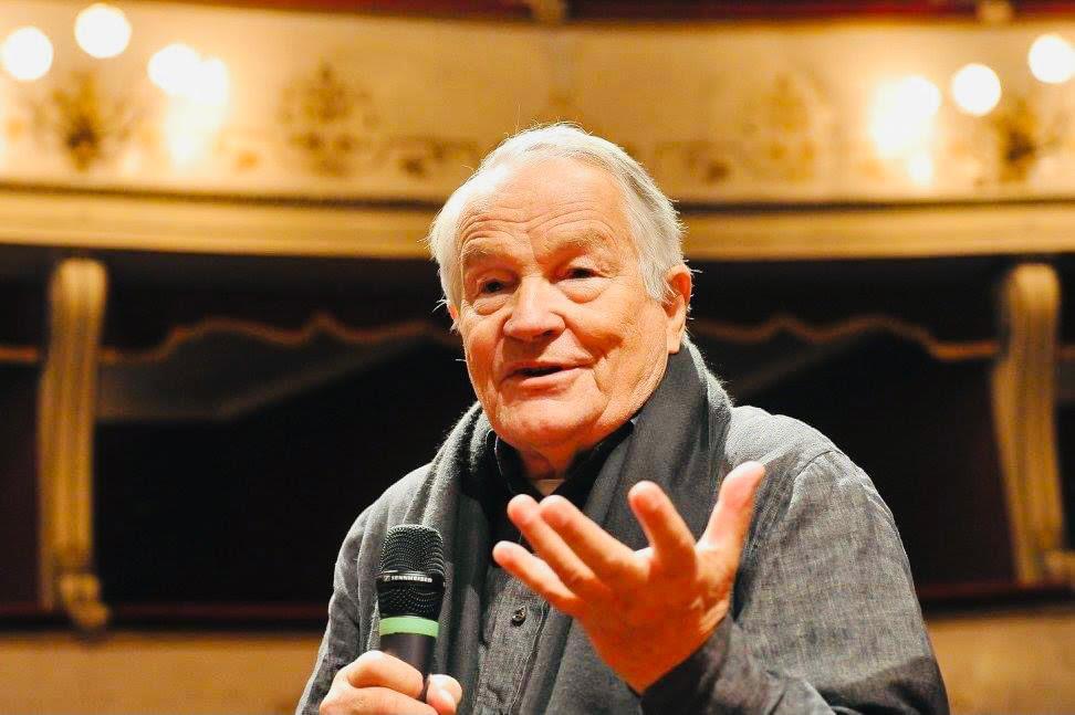 """Il premio """"Custodi della bellezza"""" 2021 al maestro Peter Stein - Il  Moderatore.it - Quotidiano Popolare"""