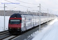 IC2000 nel paesaggio invernale a Langenthal