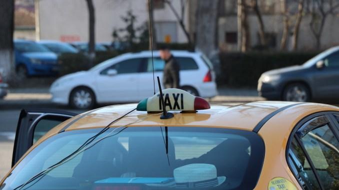 Taxi în Slobozia. FOTO Adrian Boioglu