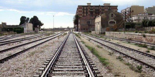 Molfetta (Bari): 17 enne salvato da suicidio alla stazione. Nuovo caso di Blue Whale?
