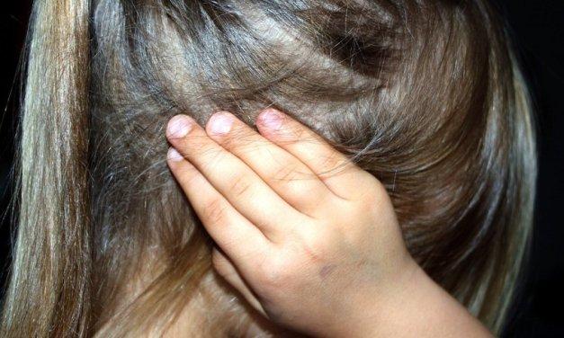 Bari: Violentata a 12 anni dal branco che la ricattava