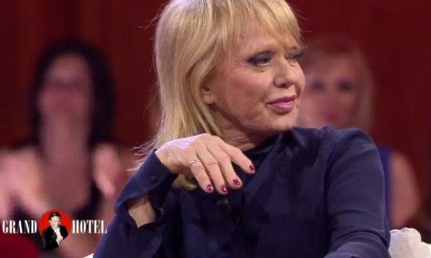 Rita Pavone, attentato di Barcellona: dalla bufala dei venditori ambulanti alle liti social!