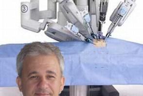 Al Dr Schips l'onore del primo intervento con il nuovo robot laparoscopico