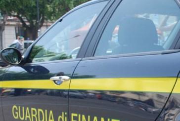 Spostano la sede legale all'estero per evadere il fisco, due persone denunciate