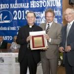 Premio Cultura a Mons. Santoro