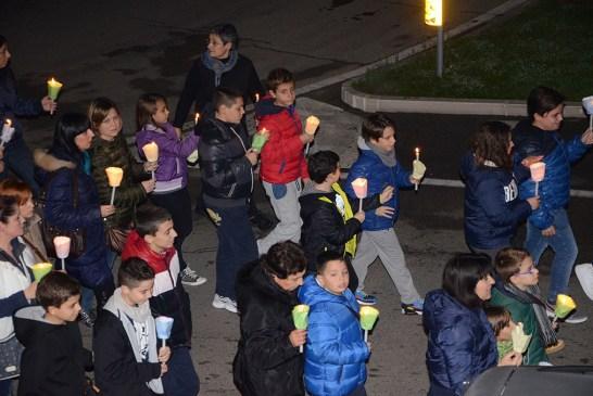 fiaccolata ragazzi Stella Maris 16112013_foto_0017