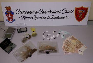 Cocaina e bilancini, nei guai studente universitario