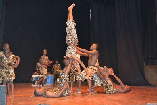 acrobati-kenya - 229