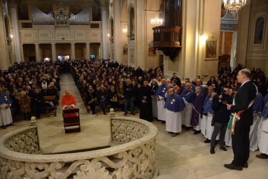 Cardinale Menichelli per la Quintena della Sacra Spina_ 2015_0102