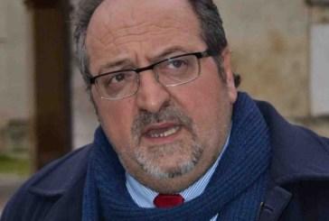 L'appello della sinistra vastese in difesa dell'assessorato regionale di Mario Mazzocca