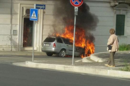 auto a fuoco1