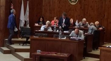Lapenna ricuce la maggioranza e il Consiglio comunale approva il Rendiconto finanziario 2014