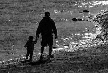 Il tribunale gli riconosce la paternità: riabbraccerà suo figlio