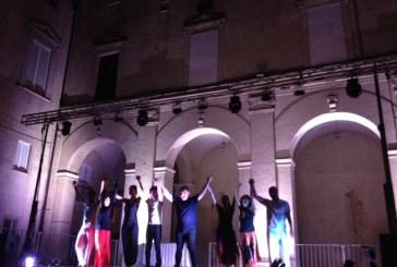 'Voci di Nessuno. Un'Odissea', al d'Avalos un affascinante viaggio teatrale nell'introspezione umana