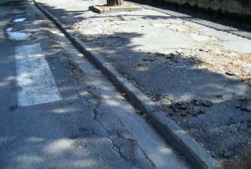 Iniziati i lavori di sistemazione del marciapiede in località S. Antonio Abate