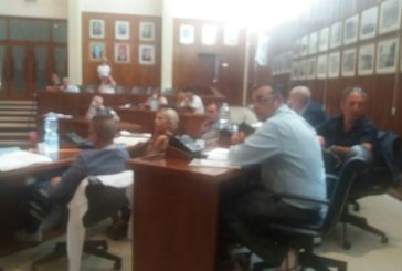 Dirigenza del personale e dipendenti in convenzione, i consiglieri di minoranza interpellano il sindaco