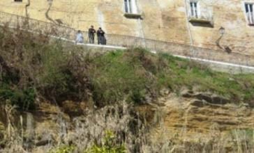 Preoccupa lo smottamento di via Adriatica