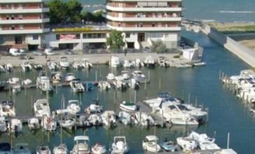 Ristorante e posti letto nel porto turistico