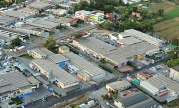 San Salvo, la zona industriale resta ancora al buio