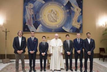 I piloti della MotoGp incontrano il Papa, Iannone: