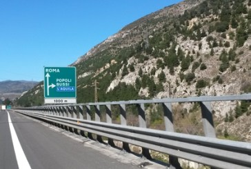 A24 Basciano-Colledara, stop a tir e bus