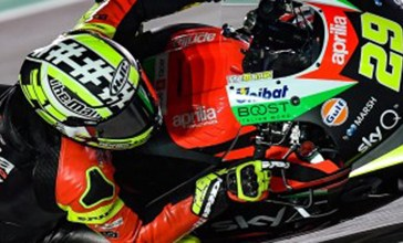 MotoGP Spagna, incidente e infortunio per Iannone
