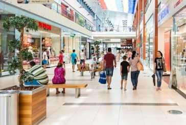 In piena emergenza sanitaria, il centrodestra modifica il testo del commercio per l'apertura di nuovi centri commerciali e di pompe di benzina nelle città, la contrarietà di Pettinari (M5S)