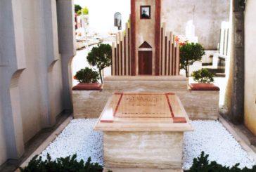 Una nuova tomba per don Felice Piccirilli