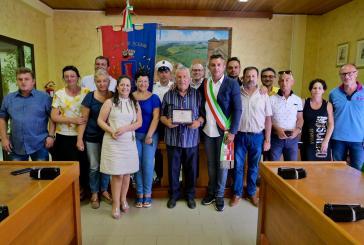 Il Vigile Urbano Giuseppe Sabatini va in pensione, il saluto dell'amministrazione scernese