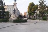 Malattie rare, il Comune illumina di verde il monumento dedicato a Gabriele Rossetti per supportare la ricerca
