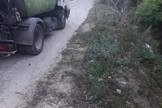 rifiuti pista ciclabile lebba