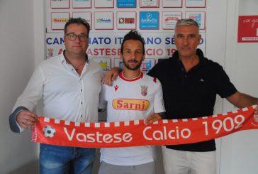 Vittorio Esposito in biancorosso: