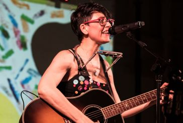 La cantautrice Lara Molino in concerto alla Festa del Libro di Guardiagrele