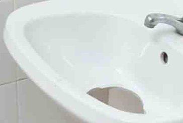 Vandalismo e comportamenti incivili, chiusi i bagni pubblici in Via Crispi a Vasto