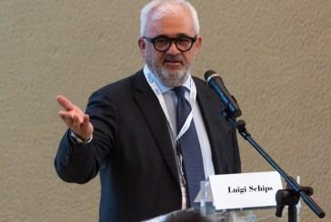 Riconoscimento per l'attività in uro-oncologia. Luigi Schips premiato a Milano