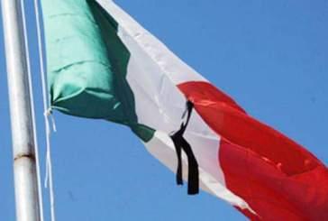 Stamane un minuto di silenzio e bandiere a mezz'asta per le vittime del Covid-19