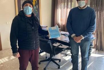 "La Braceria ""EraOra"" ha donato al Sindaco Francesco Menna, 150 mascherine da destinare all'Ospedale San Pio"