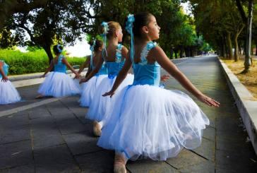 A lezione di danza nella Villa Comunale di Vasto