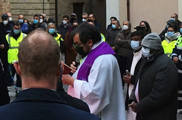 Casalbordino, una folla composta per l'ultimo saluto al vicesindaco Luigi Di Cocco