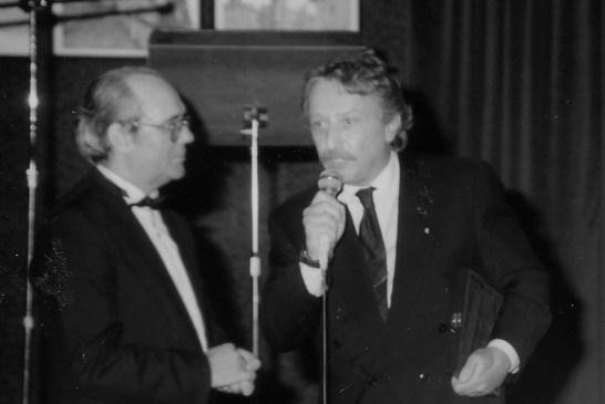 1. Claudio Sorrentino nel 1992 a Vasto con il prof. Medea