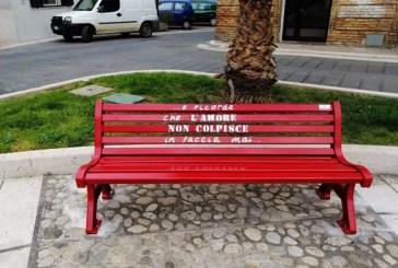 A Casalbordino due panchine rosse per dire basta alla violenza di genere