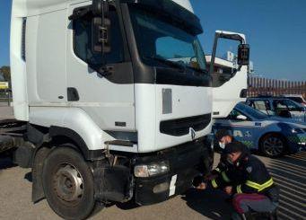 Rubano un rimorchio ad Ancona, fermato dalla Polizia Stradale di Vasto Sud